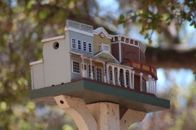 Main Street Birdhouse image. Click for full size.