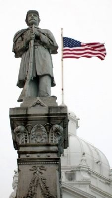 Civil and Spanish-American Wars Memorial Statue image. Click for full size.