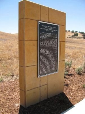 Gettysburg Address Marker located at the Bakersfield National Cemetery image. Click for full size.