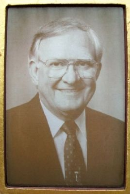 The Honorable Vern Riffe (1925 - 1997)Photo on Marker image. Click for full size.