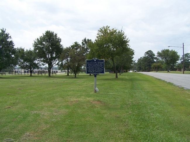 4th Inf Division Marker, looking south image. Click for full size.
