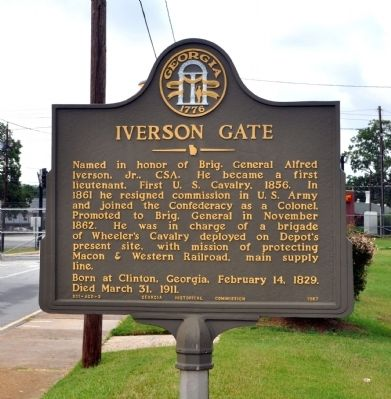 Iverson Gate Marker image. Click for full size.
