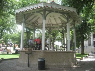 Plaza Bandstand image. Click for full size.