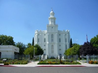 St. George Utah Temple image. Click for full size.