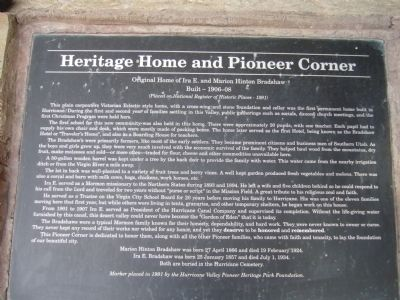 Heritage Home & Pioneer Corner Marker image. Click for full size.
