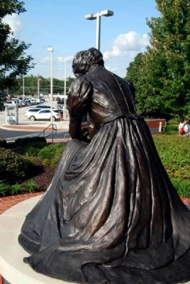 "Virginia ""Jennie"" Gilmer Statue image. Click for full size."