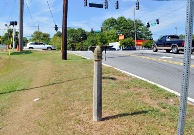 The Marcus Long Crossroads Marker Post (and a small section of the marker) image. Click for full size.