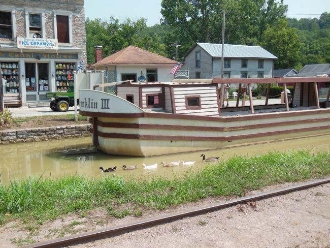Ben Franklin III Canal Boat image. Click for full size.