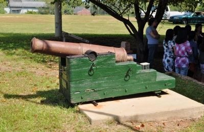 Fort Hawkins Cannon image. Click for full size.