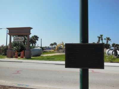 New Cove Marketplace construction (south of marker) image. Click for full size.
