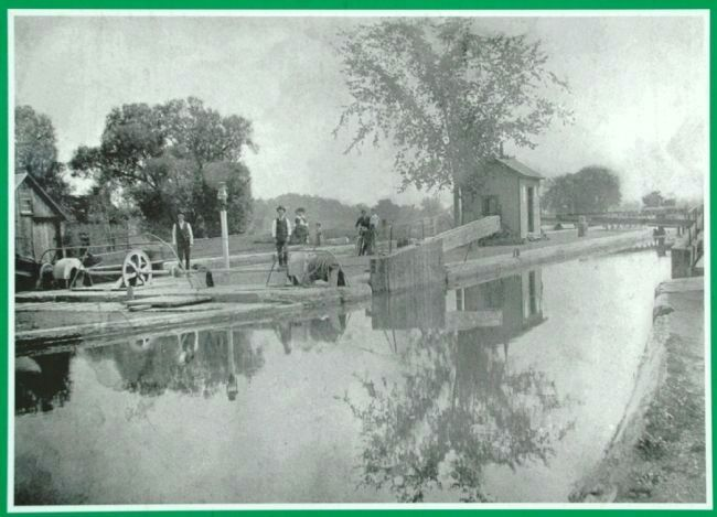 Lock 19, Erie Canal, Vischer Ferry, c 1900, looking east. image. Click for full size.