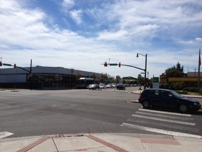 Very busy intersection of Glebe Road and Columbia Pike today image. Click for full size.