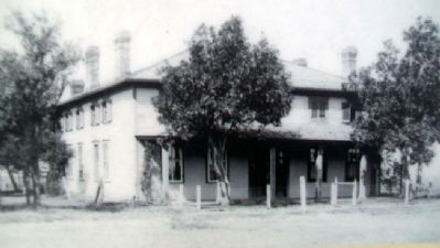 Commanding Officer's House Photo on Marker image. Click for full size.