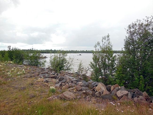 Tanana River, view southwest, near marker image. Click for full size.