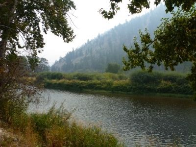 View South of Lewis and Clark Marker, the Salmon River image. Click for full size.