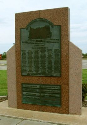 Murrah Federal Building Bombing Memorial image. Click for full size.