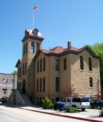 The Western District Courthouse image. Click for full size.