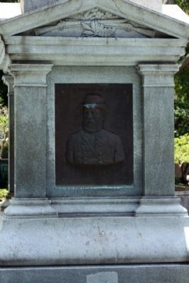 Jacksonville Confederate Monument, north face; bust of E. Kirby Smith image. Click for full size.