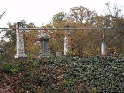 View from Rainsville Road - - Hooker Cemetery image. Click for full size.