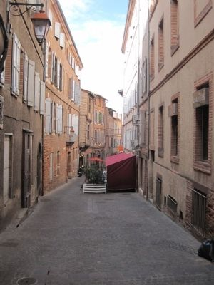Street View in Le Castelnau District image. Click for full size.