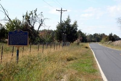 Fort Saulsbury Marker, along Cedar Beach Road image. Click for full size.