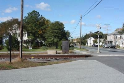 Ellendale's Railroad Square Marker, left, along Main Street, State Road 16 image. Click for full size.