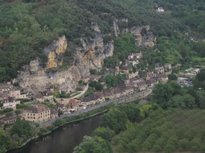 La Roque-Gageac image. Click for full size.