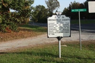 Brunswick County / Greensville County Marker, looking eastward along US 58 and 5 Forks Access Rd. image. Click for full size.
