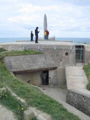 Entrance to the Obsevation Bunker and Machine Gun Position image. Click for full size.