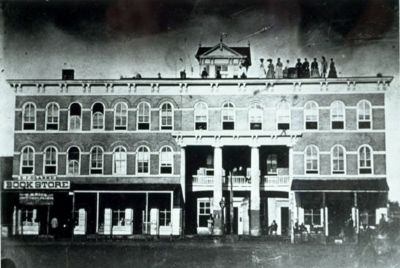 The Randolph House c.1900 image. Click for full size.