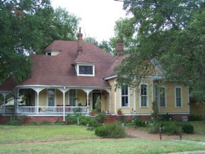 Dunn-Ransom Home and Marker at 1303 W. 4th Avenue, Corsicana, currently a private residence image. Click for full size.