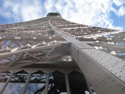 The third level of the Eiffel Tower image. Click for full size.