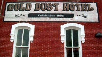 Gold Dust Hotel Sign image. Click for full size.