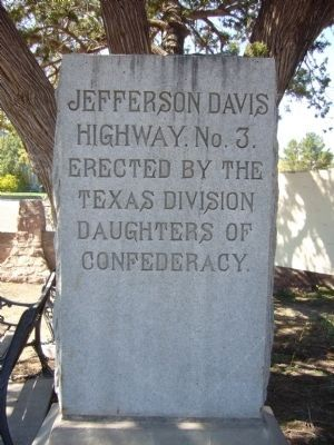 Jefferson Davis Highway Number 3 image. Click for full size.