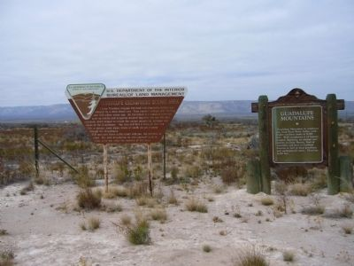 Guadalupe Escarpment Scenic Area Marker (on the left) image. Click for full size.