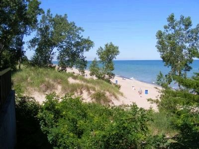 Sand Dune on Lake Michigan shore image. Click for full size.