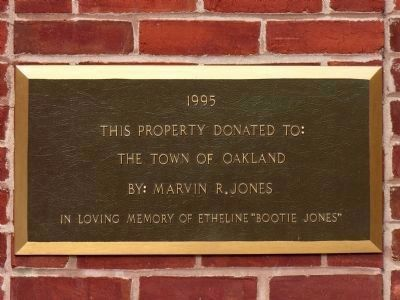 1995 Dedication Plaque image. Click for full size.
