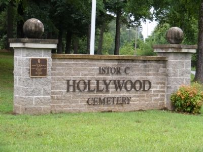 Hollywood Cemetery Marker image. Click for full size.