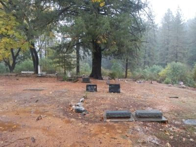 Yankee Hill Cemetery image. Click for full size.
