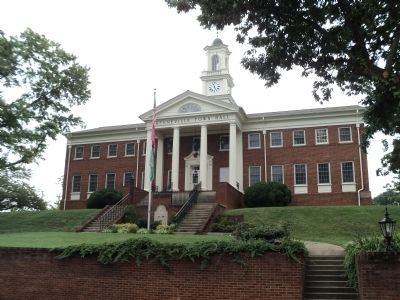 Greeneville Town Hall image. Click for full size.