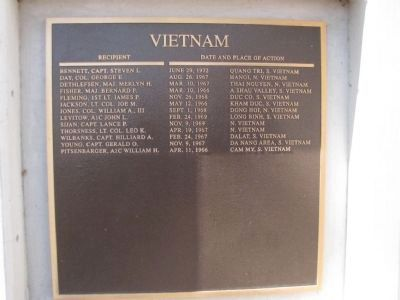 Vietnam - (5th Plaque) image. Click for full size.