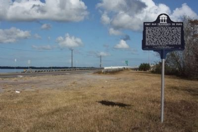 Fort San Fransisco de Pupo Marker, located on southeast bank of St. Johns River, looking east image. Click for full size.