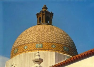 Quapaw Bathhouse - Detail of dome and lantern image. Click for full size.