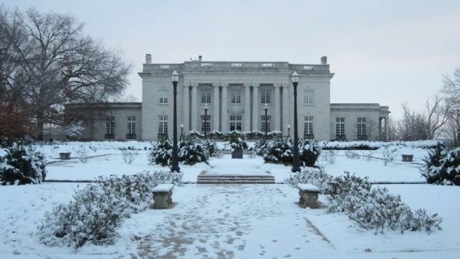 Kentucky's Executive Mansion image. Click for full size.