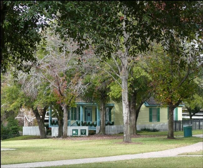 San Felipe Cottage in Sam Houston Park - Can be seen in the distance from near this marker image. Click for full size.