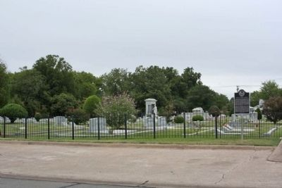 Corsicana Hebrew Cemetery and Marker image. Click for full size.