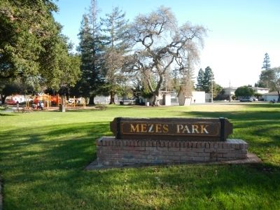 Mezes Park image. Click for full size.