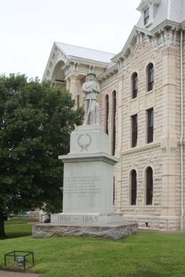 Hill County Confederate Memorial , southeast corner courthouse lawn image. Click for full size.