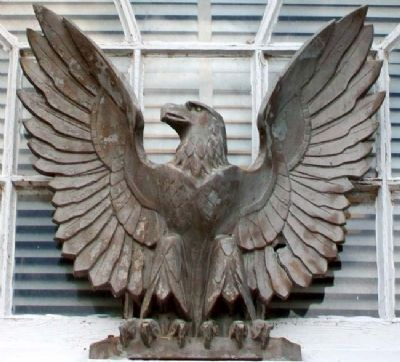 Eagle Above Post Office Entrance image. Click for full size.