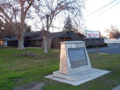 Irwin City Monument image. Click for full size.